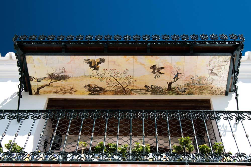 Wildlife balcony roof