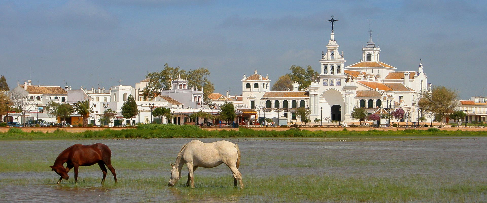 ermita-con-caballos